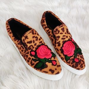 Soda leopard rose print loafers